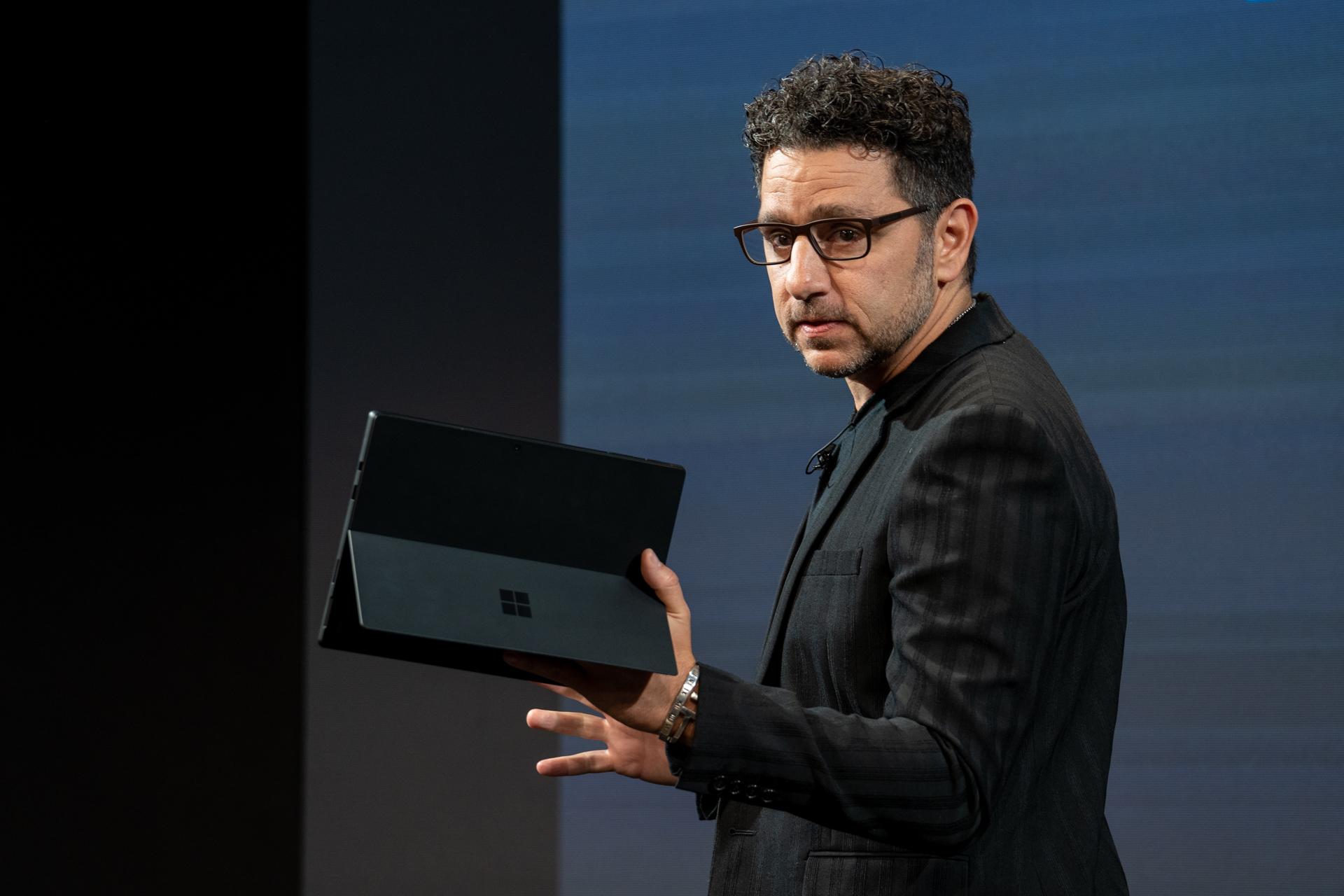 Microsoft'un Ürün Sorumlusu Panos Panay