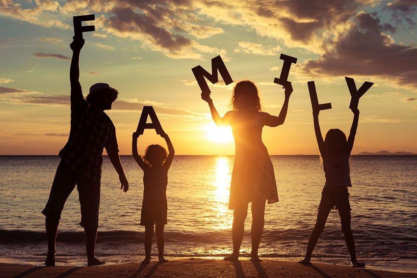 Aileniz ve arkadaşlarınızla zaman geçirin