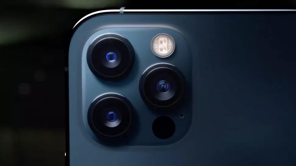 <a href='/iphone-12/'>iPhone 12</a> Pro ve <a href='/iphone-12/'>iPhone 12</a> Pro Max ($999 - 1,099)