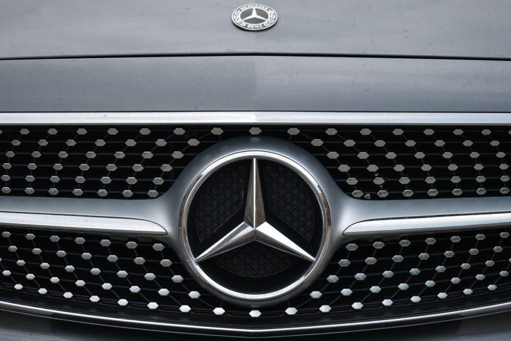 Mercedes-Benz, 1 Milyondan Fazla Aracı Geri Çağıracak!