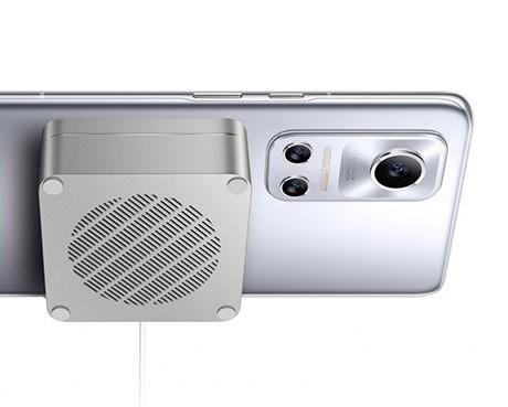 Realme Flash: iPhone 12 Serisinde Mevcut olan MagSafe Özelliğini Getiriyor